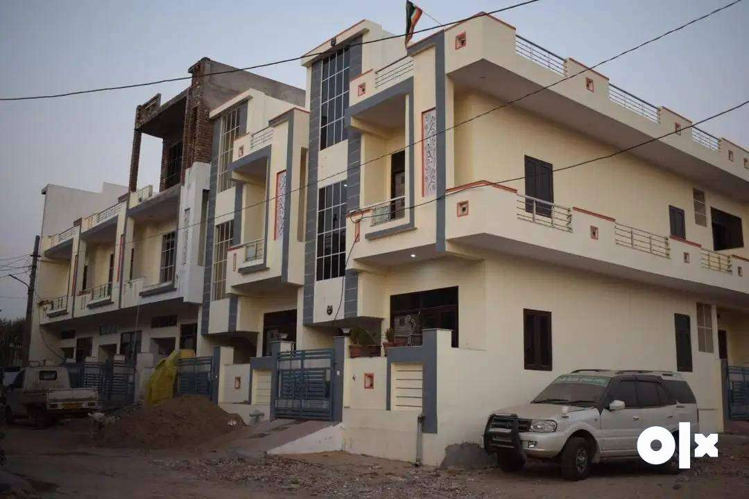 %4BHK-1600 Sqft%Sale Villa at laxmi constructions%In ₹ 23L