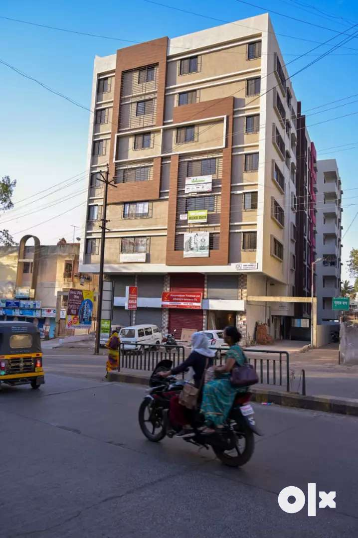 2BHK &3BHK LUXARIOUS & SPECIOUS FLATS ON PRIME LOCATION