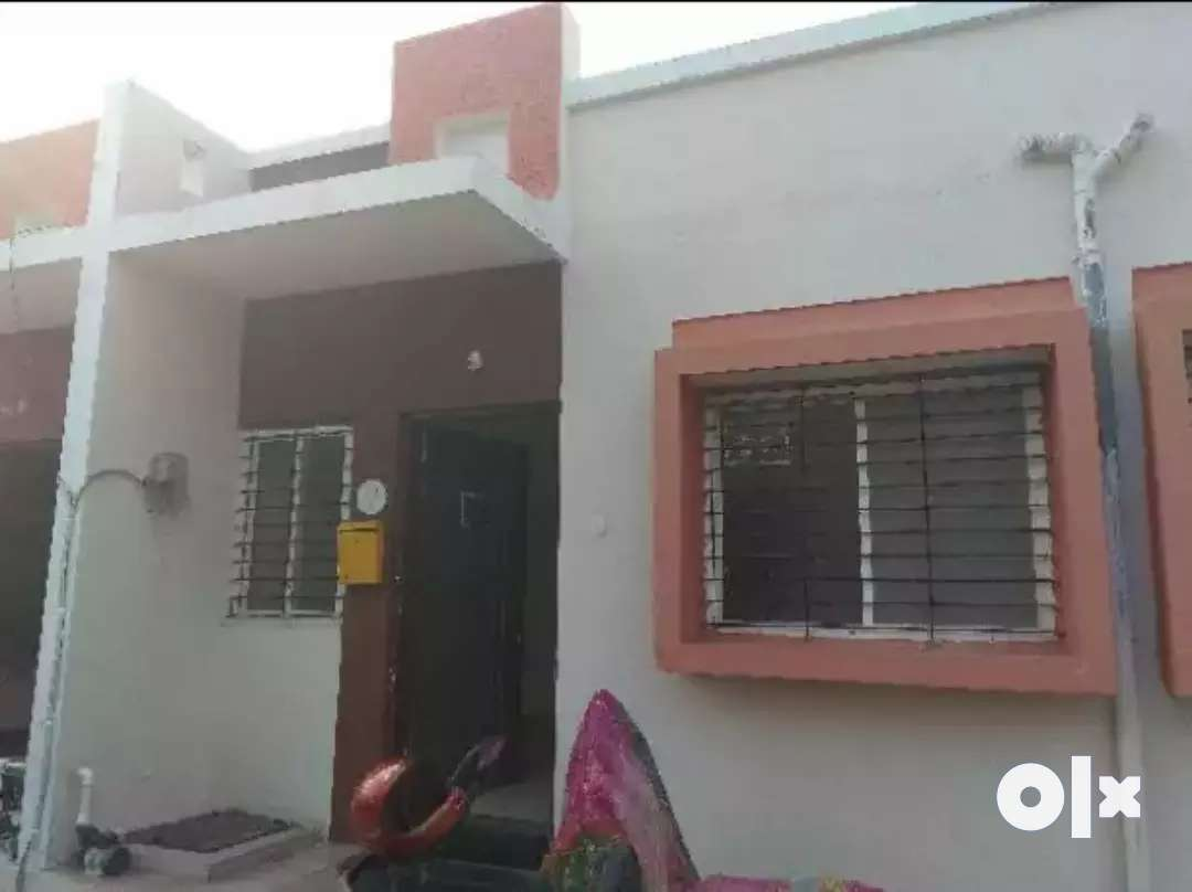 1 Rk room kitchen row house sale in shendra midc
