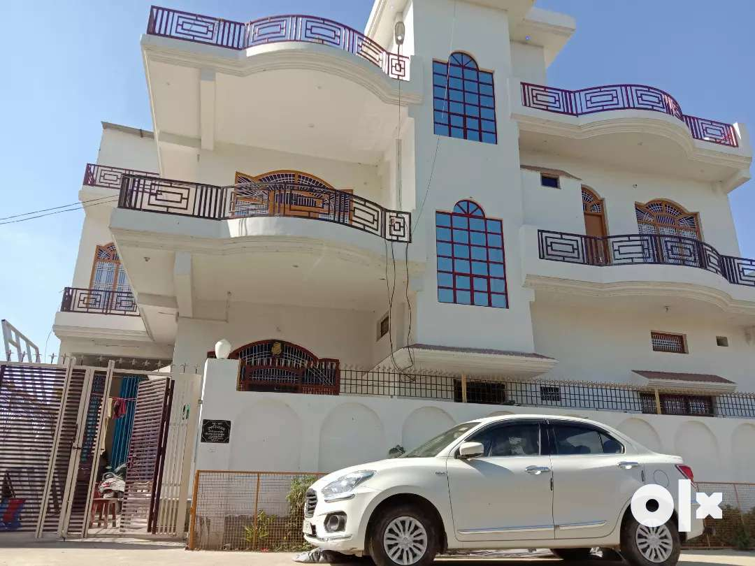 Room for rent 3bhk with lobby and car parking facility