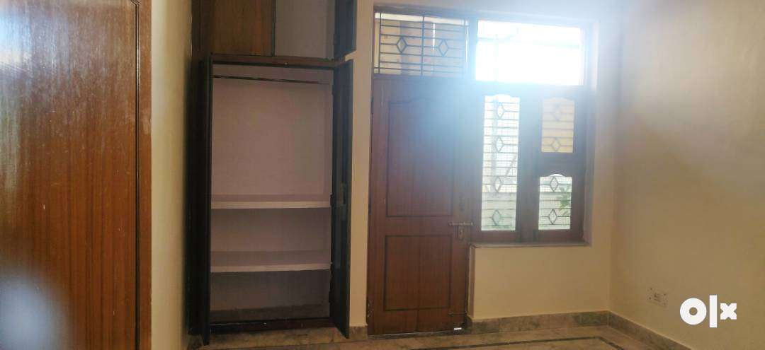 A 2 bhk flat for rent