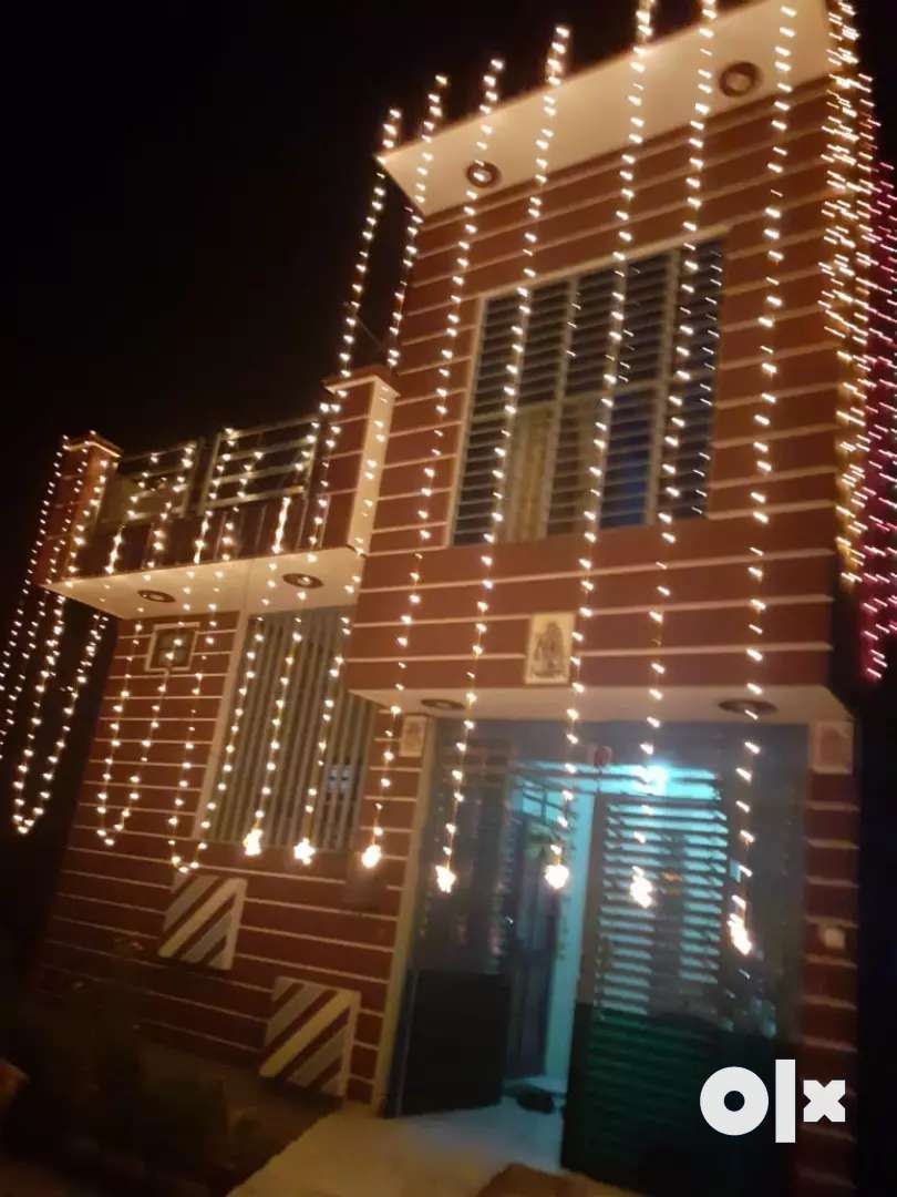 Urgent selling my house of 125 gaj in teacher colony