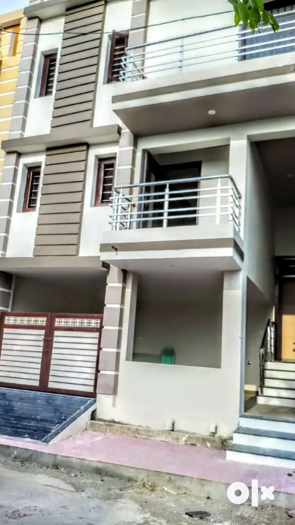 3BHK  New Villa Two storey building with larger open kitchen & Garage