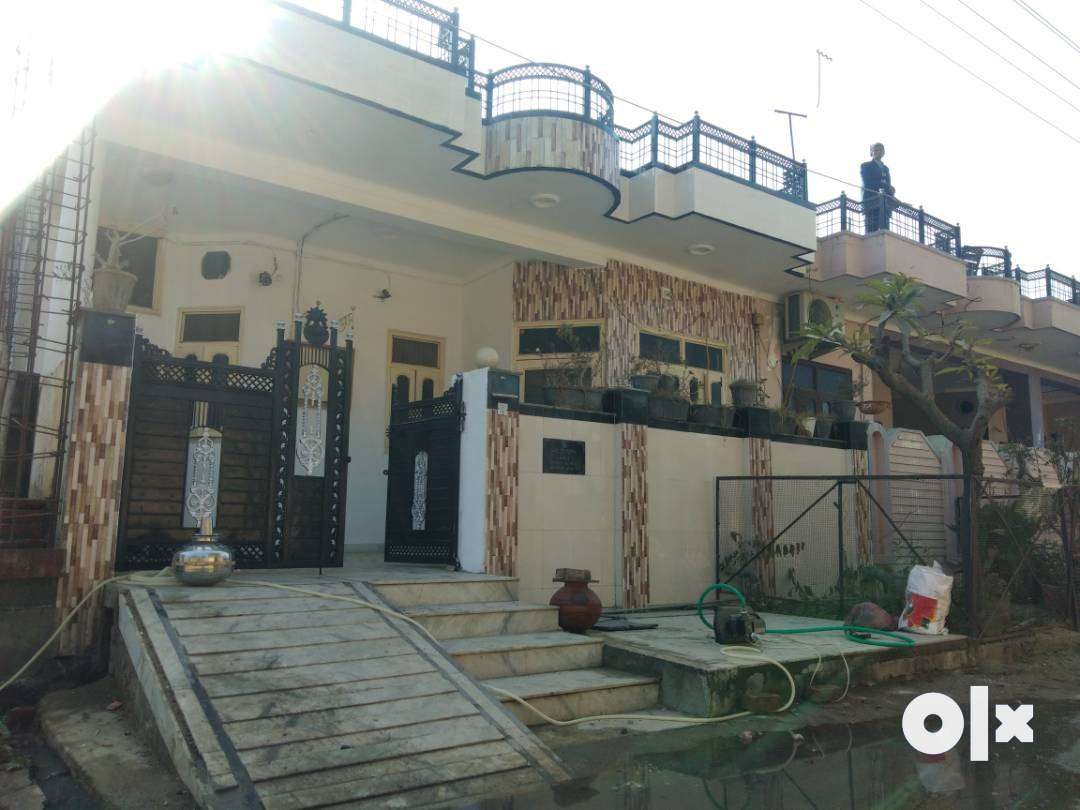 4 Bedroom house for sale in premium location of the city.