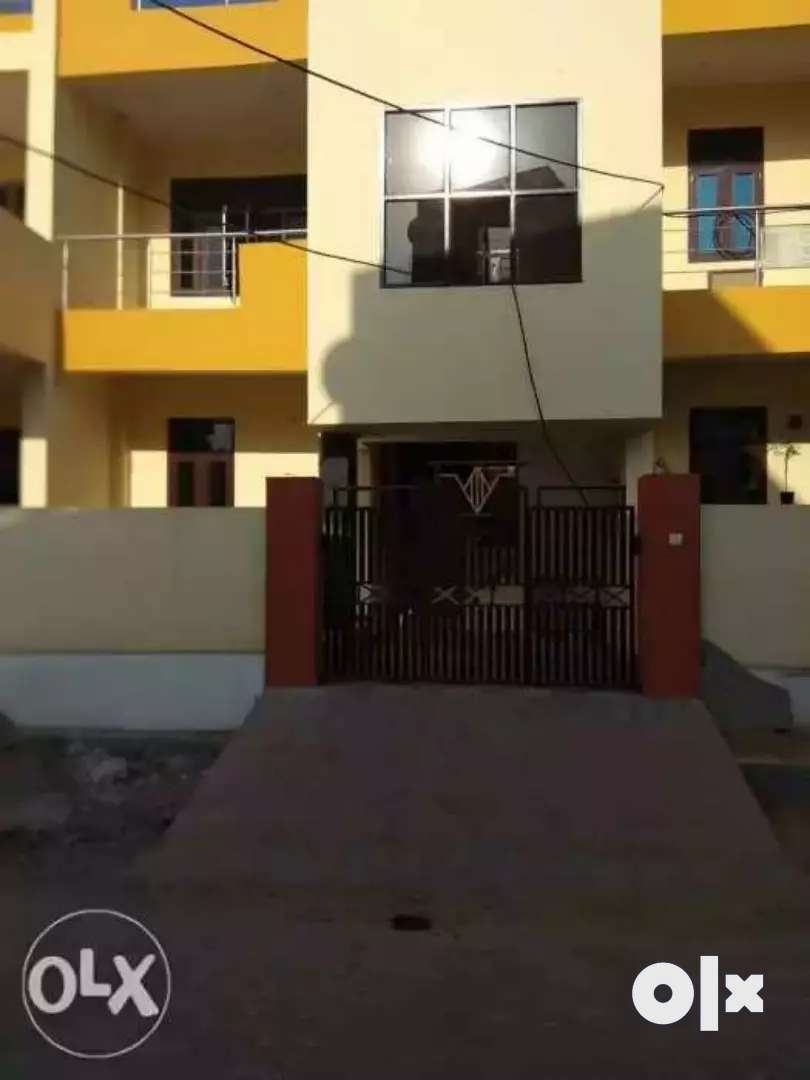 2  bhk only for family sperate entry 9500 rent call