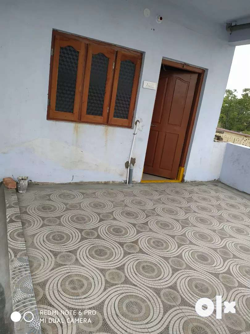 2 houses for rent with 3 × 3 rooms in yellandu