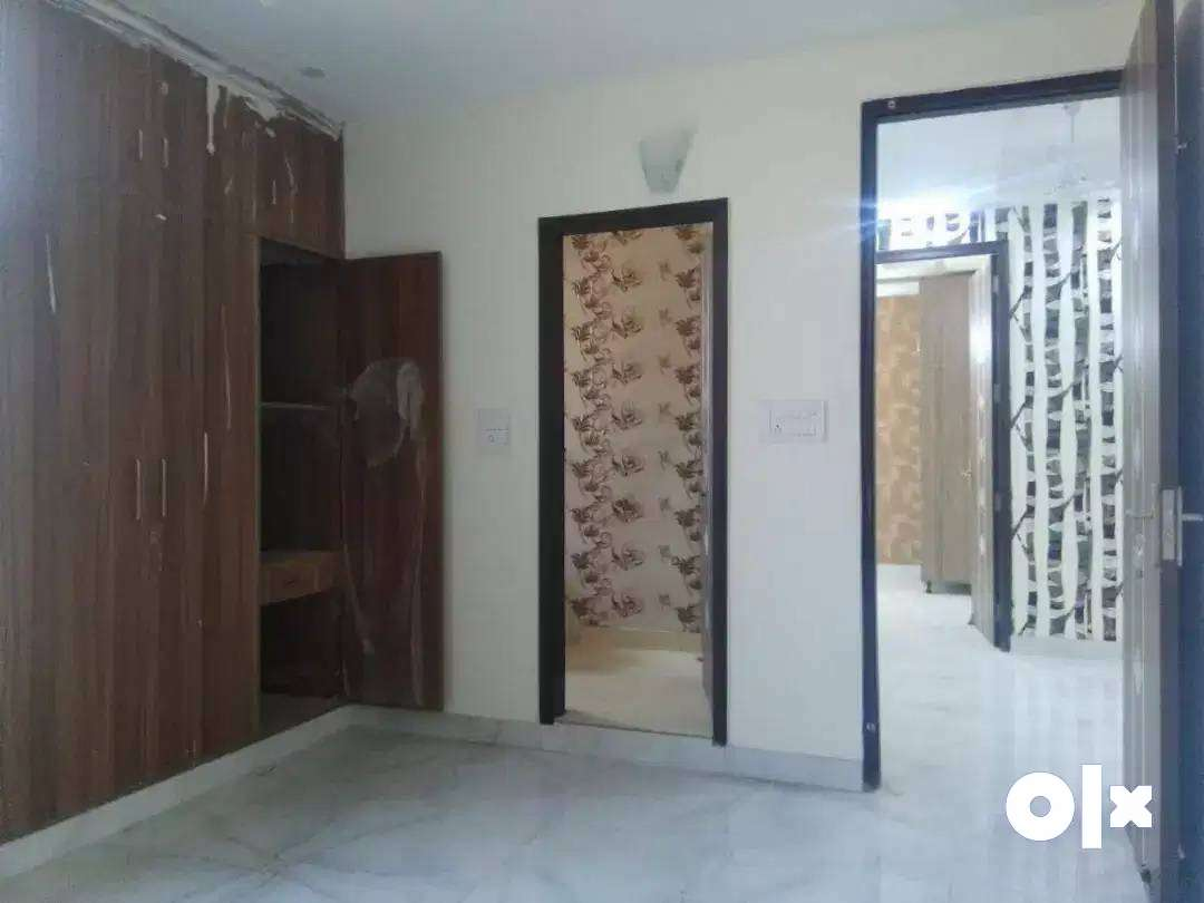 Spacious % 2BHK % Flat  For Sale In Gurgaon.