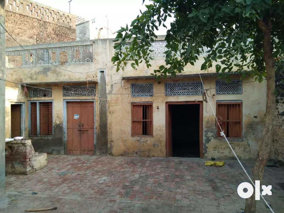 210 gaj home for sale in amargarh, near police station.