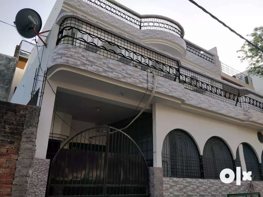 3 room set available for rent in post locality Geeta Nagri Bijnor