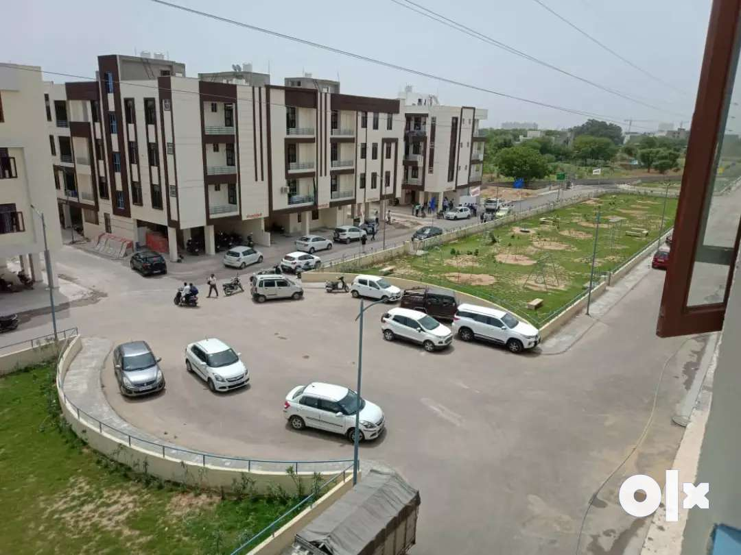Gated township with 90% lone facility 3 bhk flats Rangoli garden road
