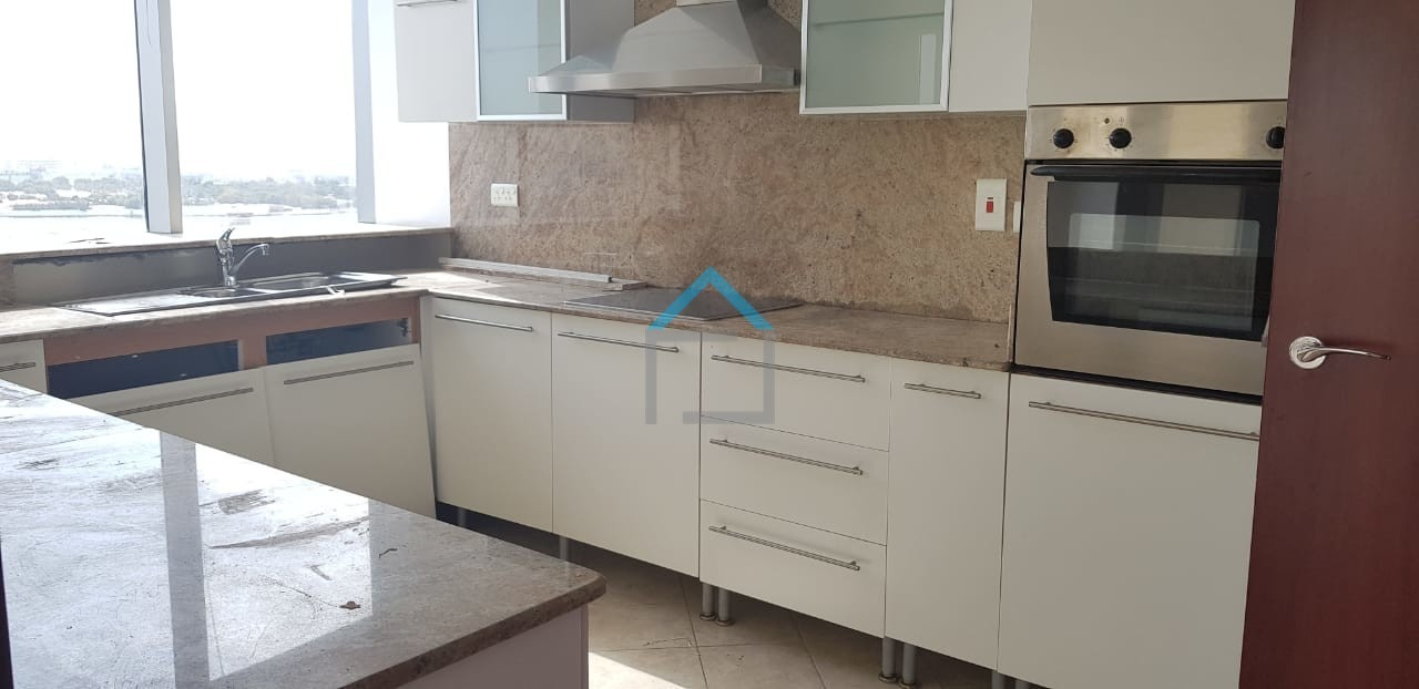 Creek facing, 3BR+Maid with Chiller Free
