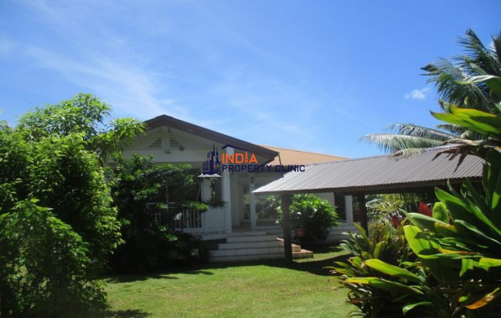 4 Room Luxury Villa for sale in Papao