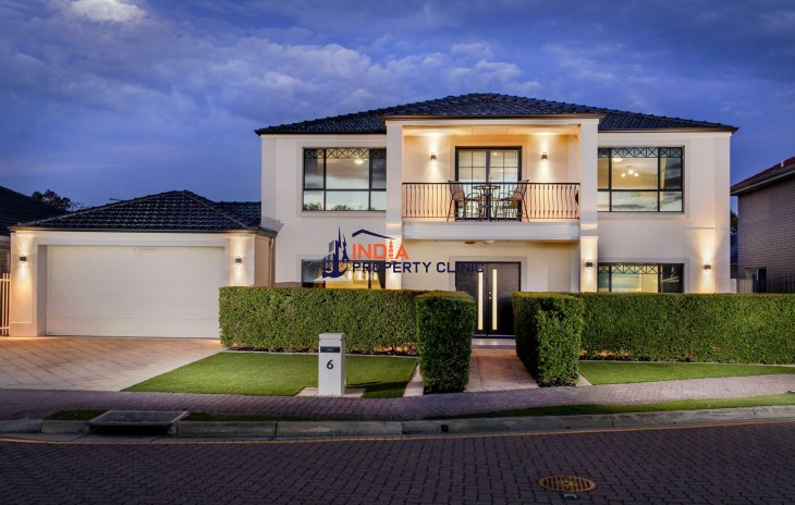 Townhouse For Sale in Parkin Court, Plympton SA