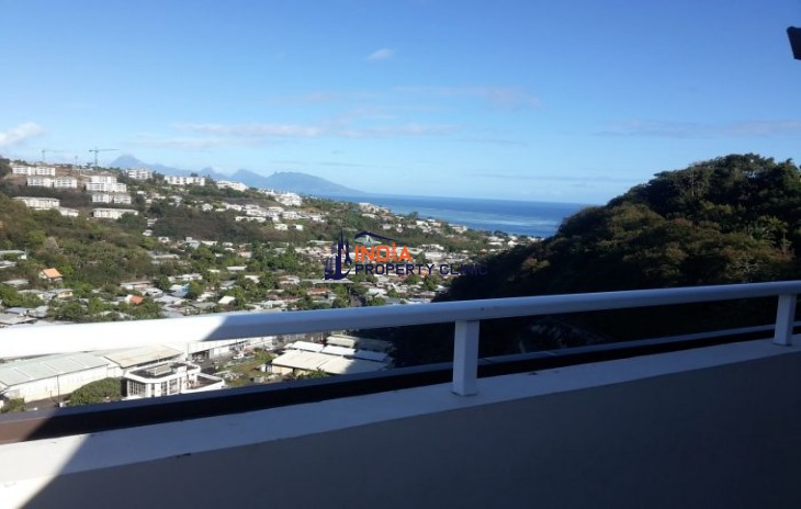 5 Room Luxury Apartment for sale in Papeete