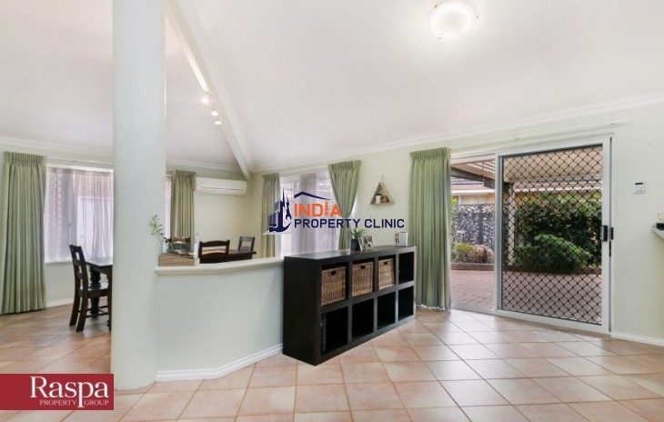 Family Home For Sale in Coogee WA